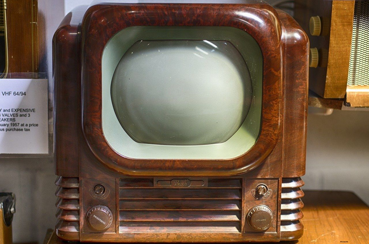 Question Answer Reality Tv Shows Old Radios Television