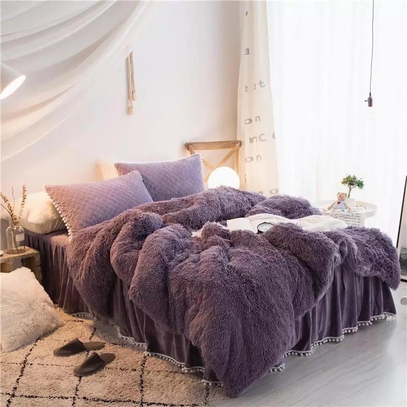 Best Black Friday Sale Luxury 4 Piece Faux Fur Bedding Set 400 x 300