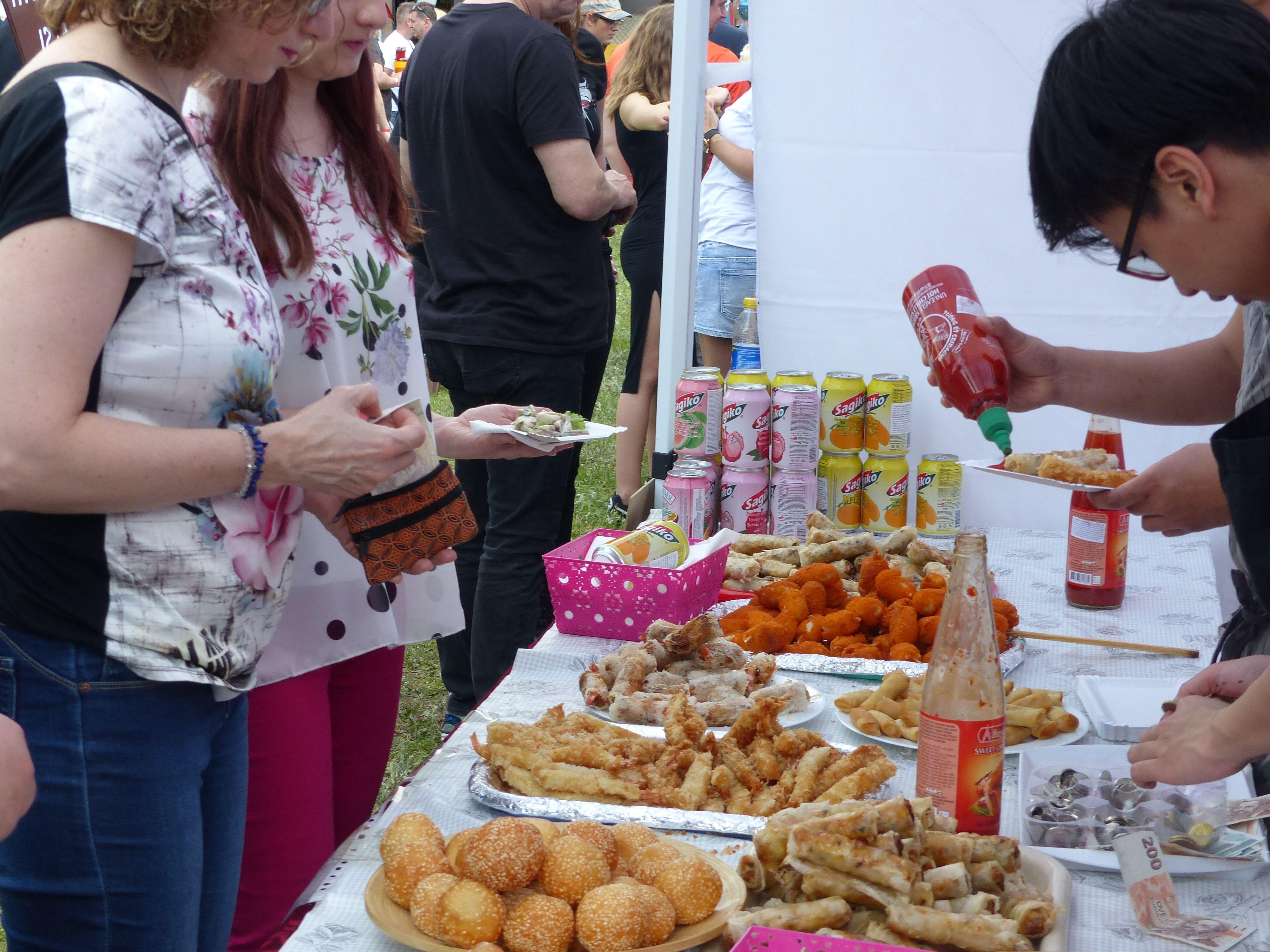 Své pokrmy předvedli i zástupci zahraničních kuchyní, především z Asie, Afriky či jižní Evropy.