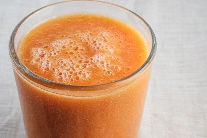 عصير الجزر و الموز المكونات 2 حبة جزر 2 حبة موز 1 لتر برتقال سكر حسب الرغبة طريقة التحضير قشرى ال Mango Smoothie Apricot Smoothie Carrot Smoothie Recipe
