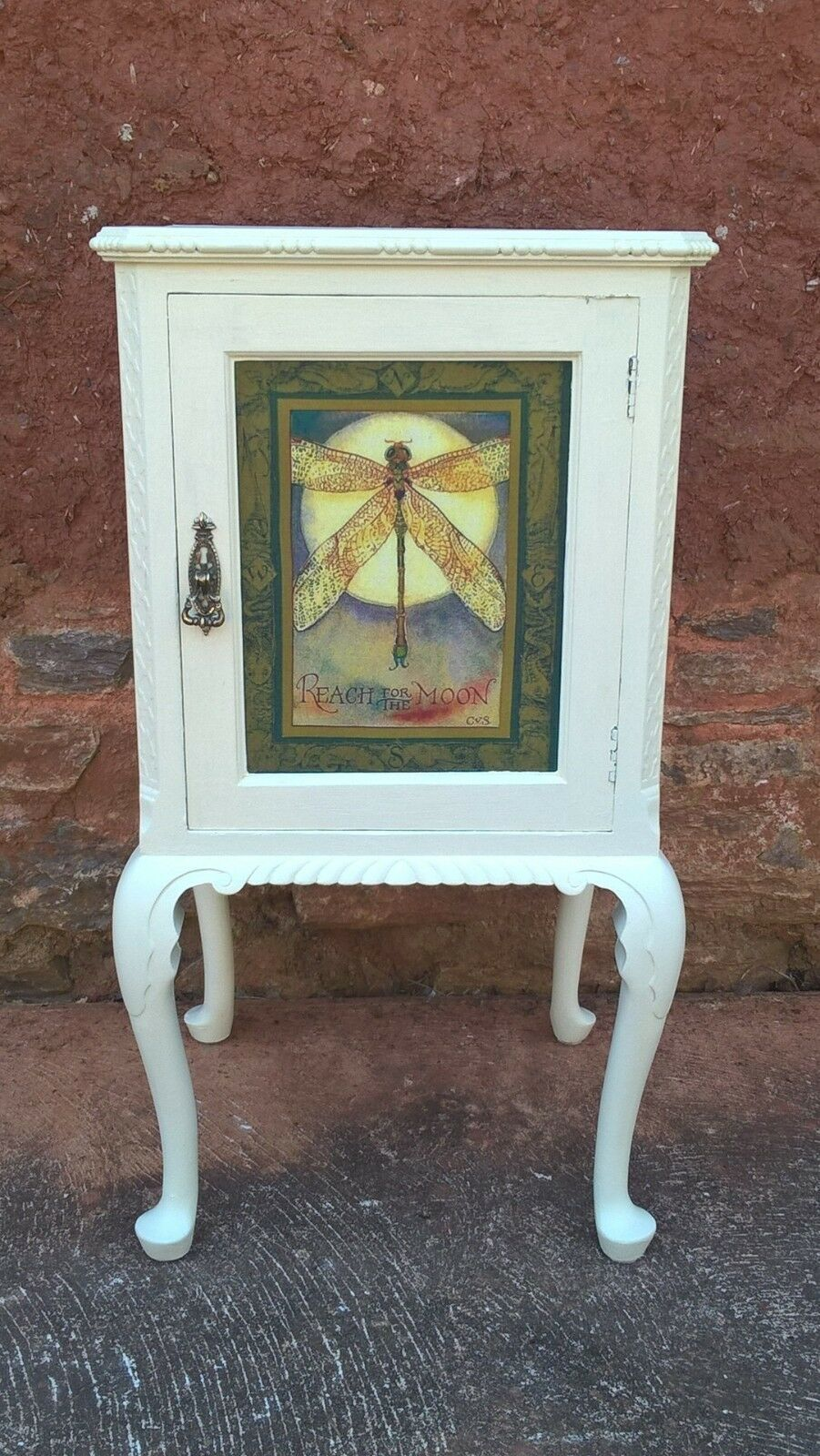 Beautiful Upcycled Bedside Bedside Table