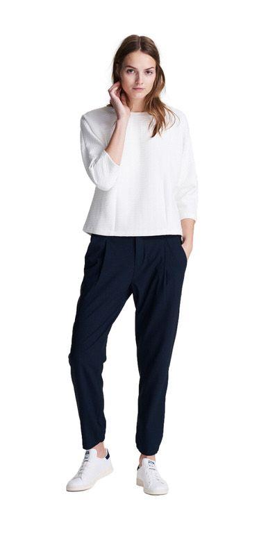 ff817fec7176c6 Damen Outfit Simple Chic von OPUS Fashion  weißer Sweat