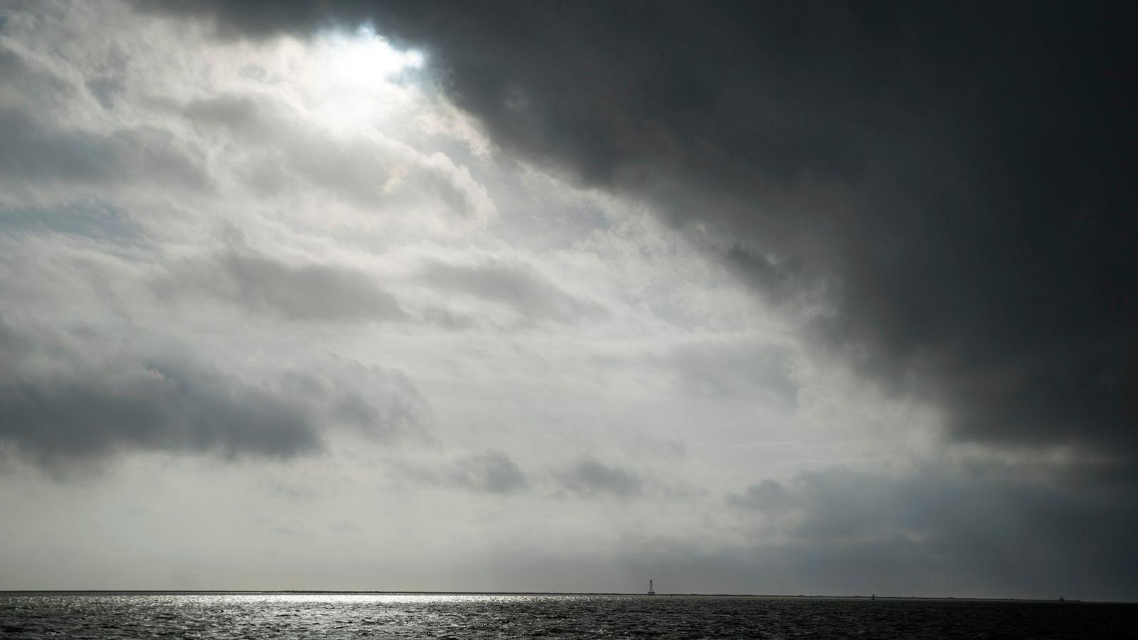 Skynews Hurricane Laura Could Cause Unsurvivable Storm Surge In Us In 2020 Storm Surge Storm Sounds Storm