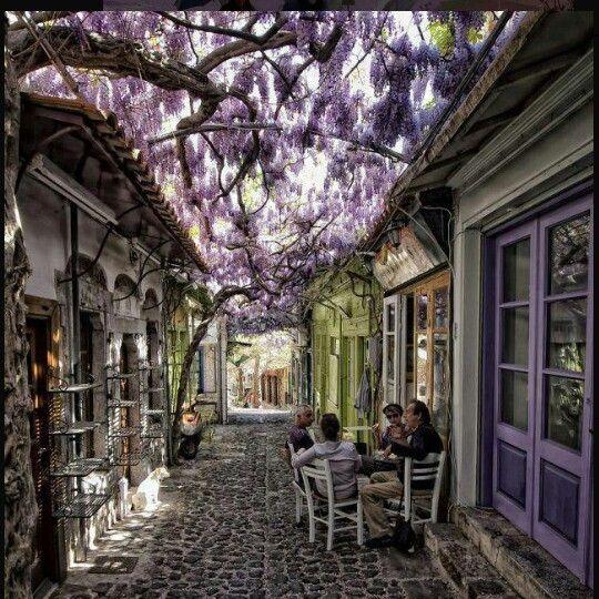 Molyvis Village Lesves , Greece
