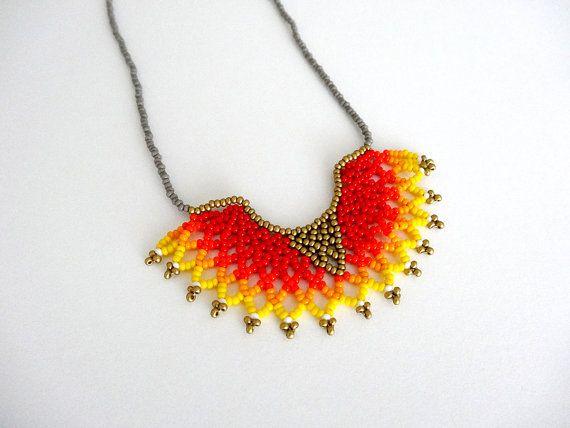 Peyotl+perles+Orange+Gradient+HALF+MOON+collier+par+LucianaLavin