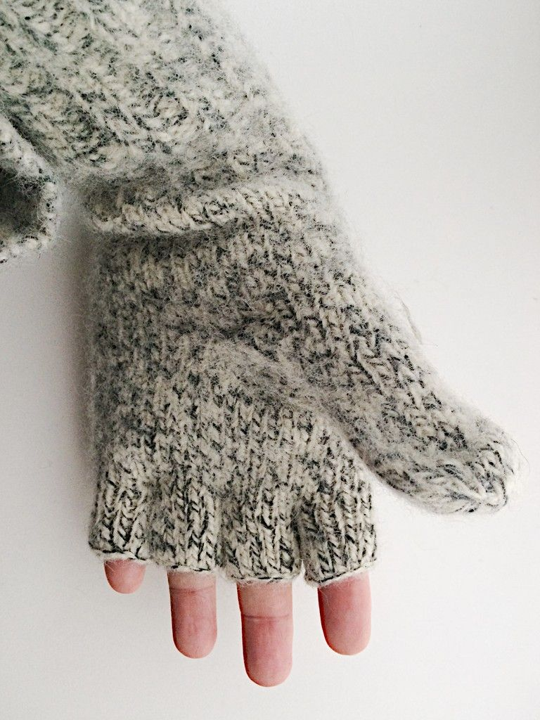 b63c775d5a6 Dachstein Woolwear Mitts with Finger Cap 3115 - Sweater Chalet