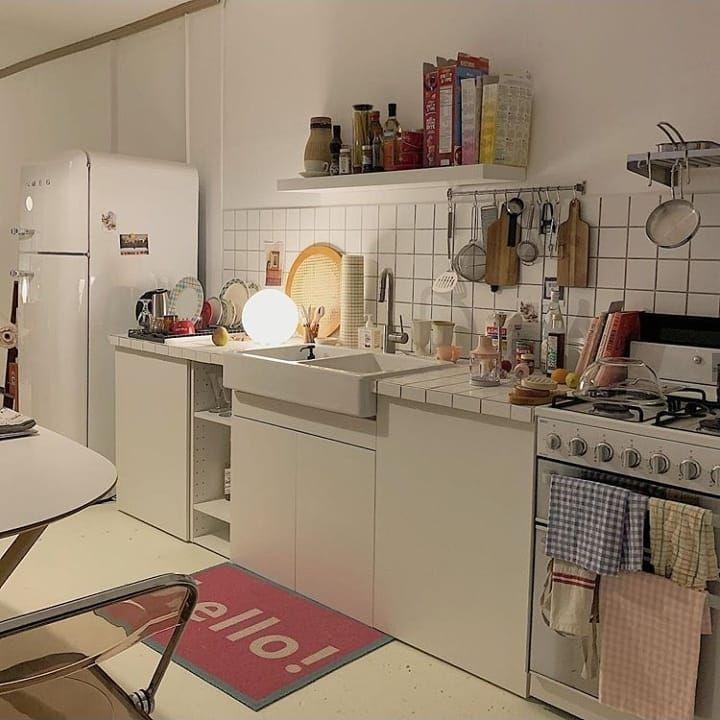 1 583 Vpodoban 7 Komentariv 인테리어 한눈에 보기 준테리어 Junterior V Instagram 주방 인테리어 끝판왕 Mi Small Apartment Interior House Interior Aesthetic Room Decor