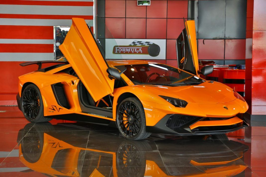 Incredible Orange Lamborghini Aventador Sv For Sale In Dubai Gtspirit Lamborghini Aventador Lamborghini Price Lamborghini Aventador Price