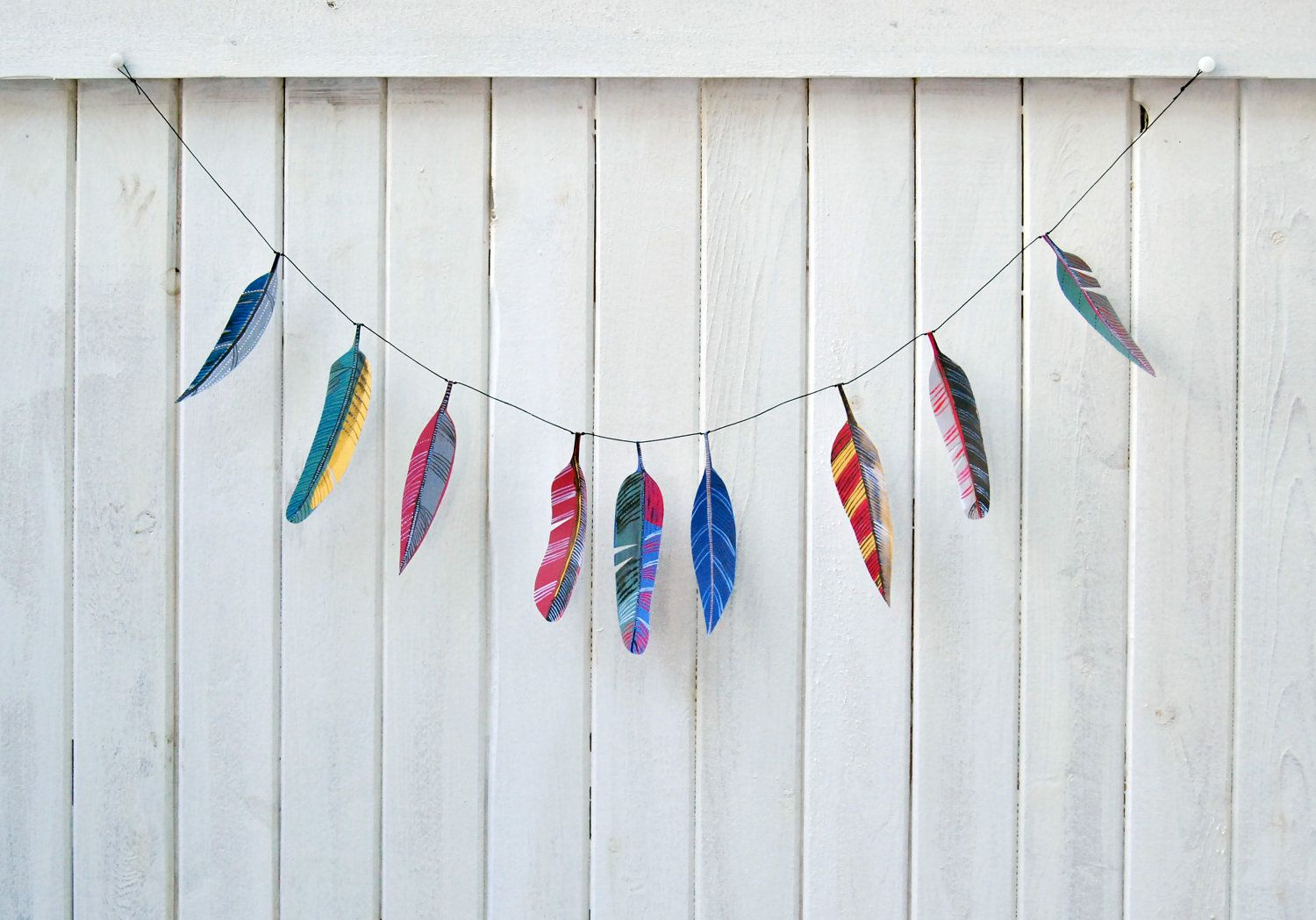 Illustrated feather garland kit.