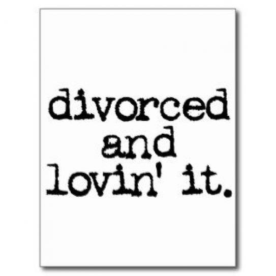 Funny Divorce Sayings Funny Divorce Gift Divorced And Lovin It Post Card Divorce In 2020 Divorce Quotes Divorce Gift Divorce Humor