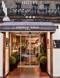 Paris 9e - Hotel George Sand - 26 rue des Mathurins - Ideally located between Madeleine and the Opera, just a few minutes from the large department stores (Printemps and Galeries Lafayette) and main theatres such as Olympia concert hall.