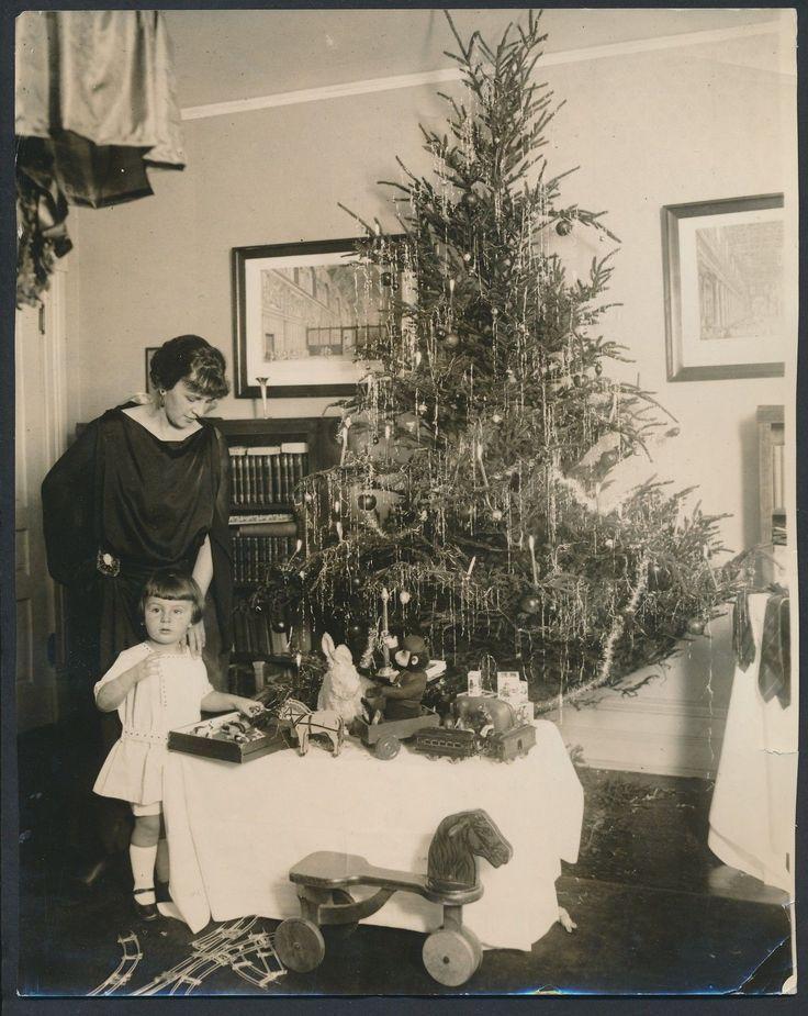 Vintage Christmas Photographs Predating 1920 ~ vintage