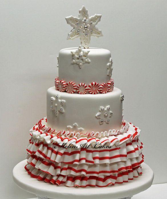 Runsaita röyhelöitä sen olla pitää! #leivonta #kakku #talvikakku #kuorrute #winter #wintercake