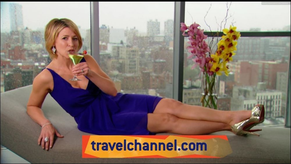 My travel interview with international television travel show host Samantha Brown. You will not believe what she brings in her luggage on every trip.