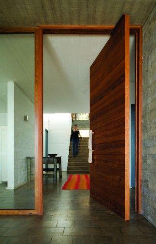 El Pangue House Elton Leniz Door Design Front Door Design House Design