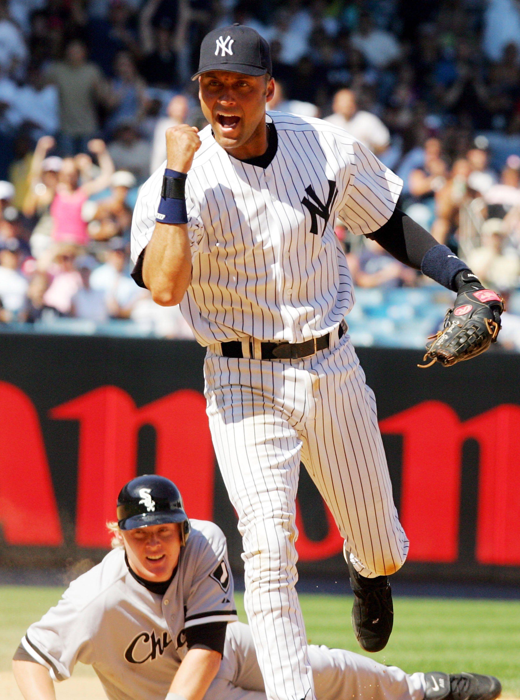 Derek Jeter Fist Pump See Best Of Photos Of The Baseball Legend Derek Jeter Fist Pump New York Yankees