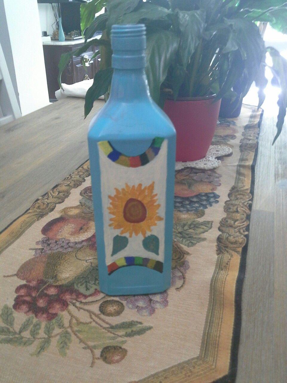 Botella pintada .