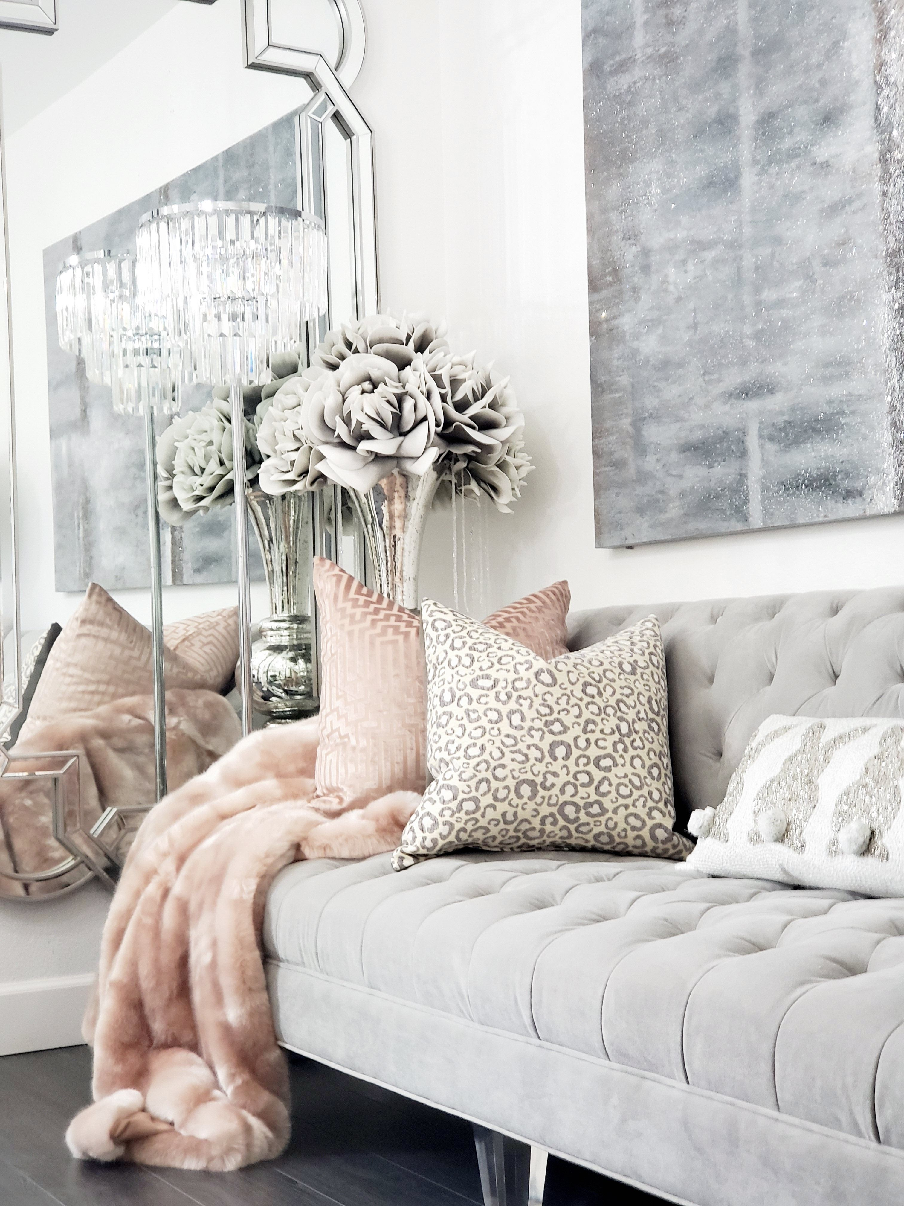 Small Space Glam Decor In 2020 Glam Living Room Decor Small Living Room Decor Glam Living Room #small #glam #living #room #ideas