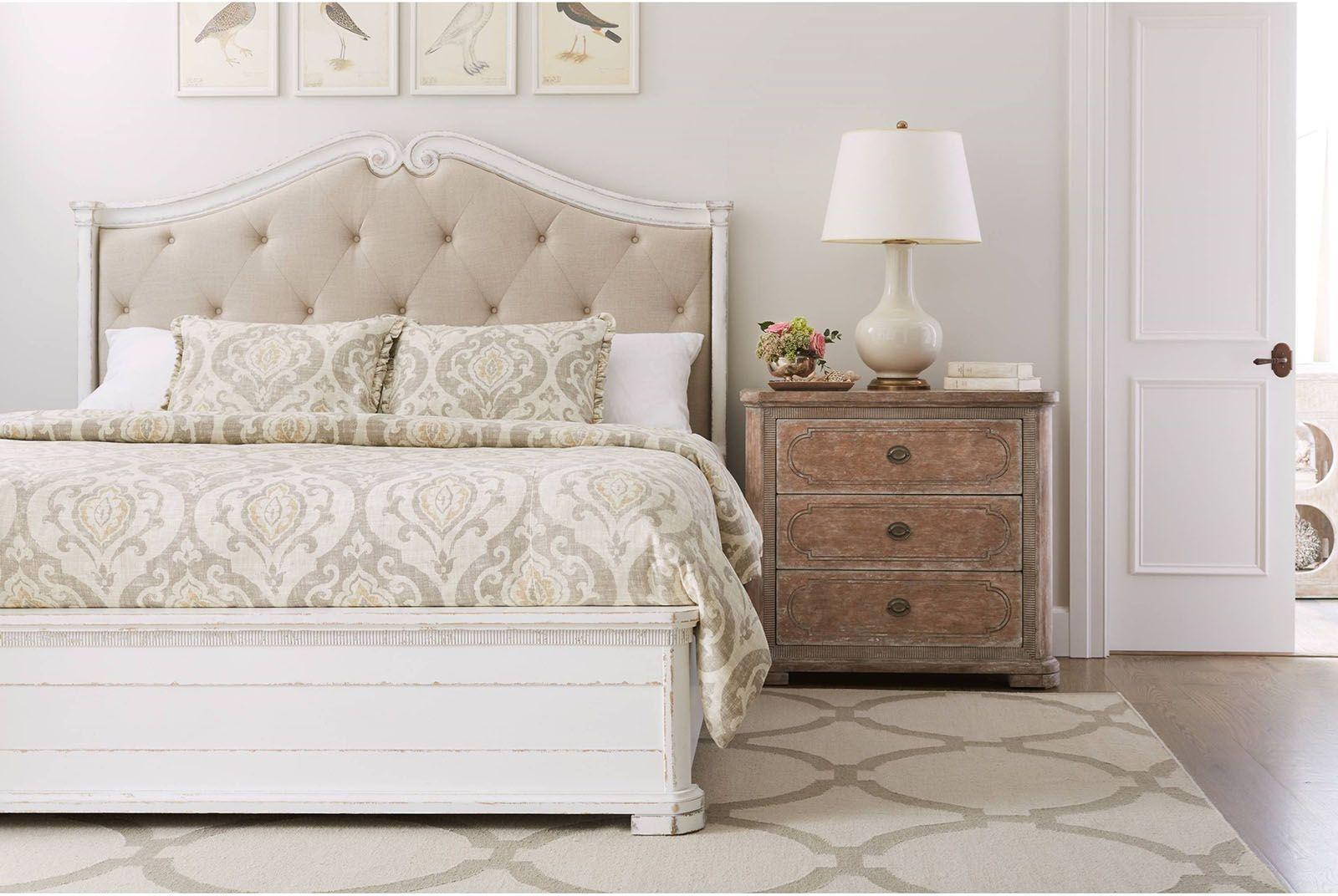 Stanley Juniper Dell 4pc Upholstered Bedroom Set in White