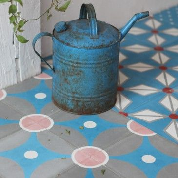 cement tiles Galaxie, Petit pan et Carrelage de ciment - Peindre Du Carrelage De Sol