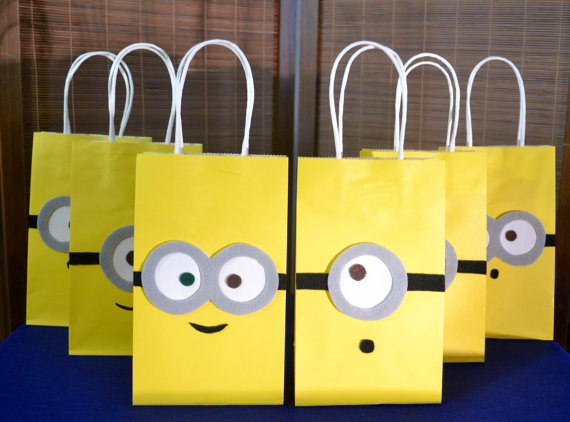 Minions Favor Bags Set Of 12 Minion Inspired Party Deable Me Minio