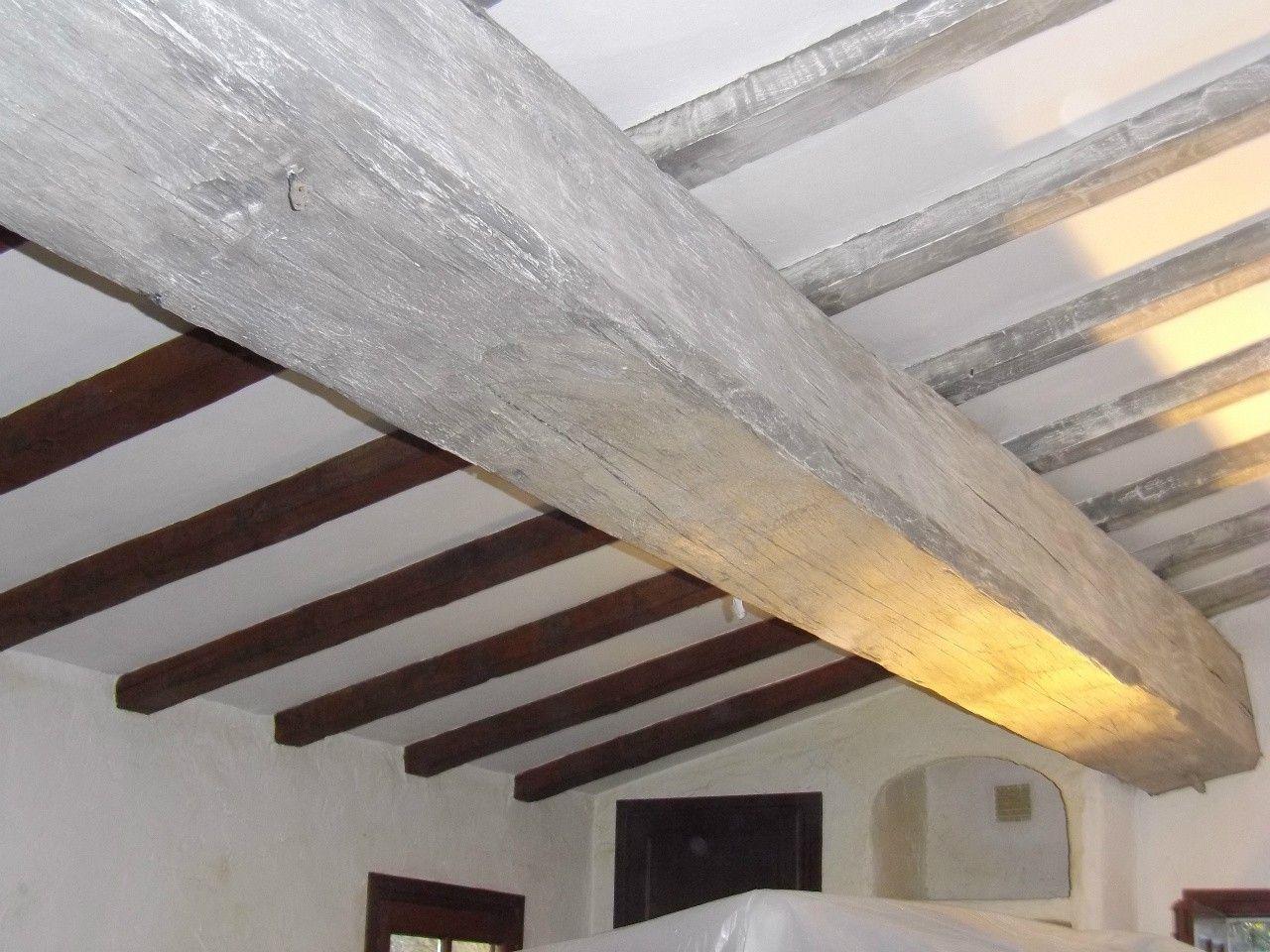 Peinture Pour Poutres En Bois Poutre Bois Repeindre Un Plafond Poutre Plafonds