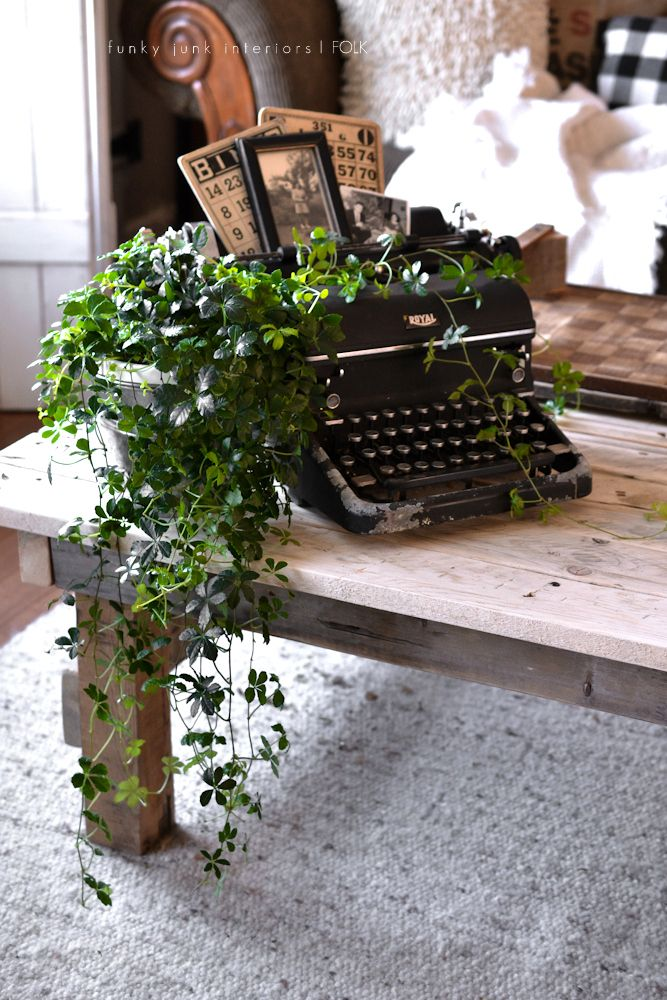 Vinage Typewriter Plant Stand, Vintage Bingo Cards, Photos, Part Of A Whole  Home JUNK Tour Via Funky Junk Interiors. Hate Ivy, But I Kind Of Like It As  A ...