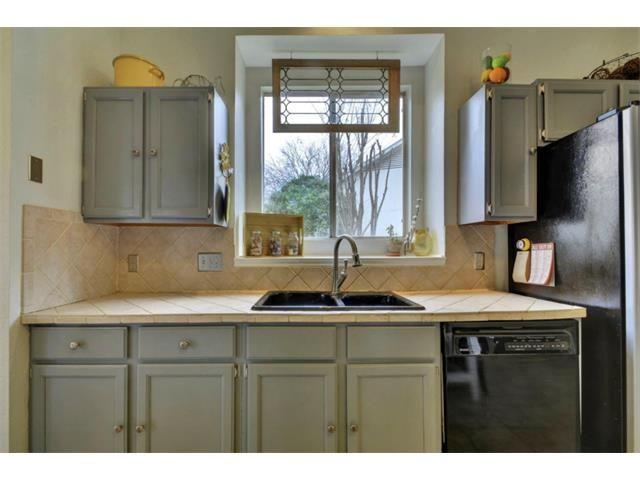 8911 Bubbling Springs Trl, Austin, TX 78729 | Kitchen ...