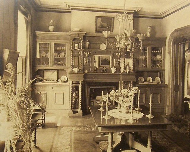 Victorian Dining Room 1890 S Dining Room Victorian Victorian House Interiors Old Victorian Homes