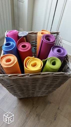 Rangement Tapis De Yoga Recherche Google Workout Studio
