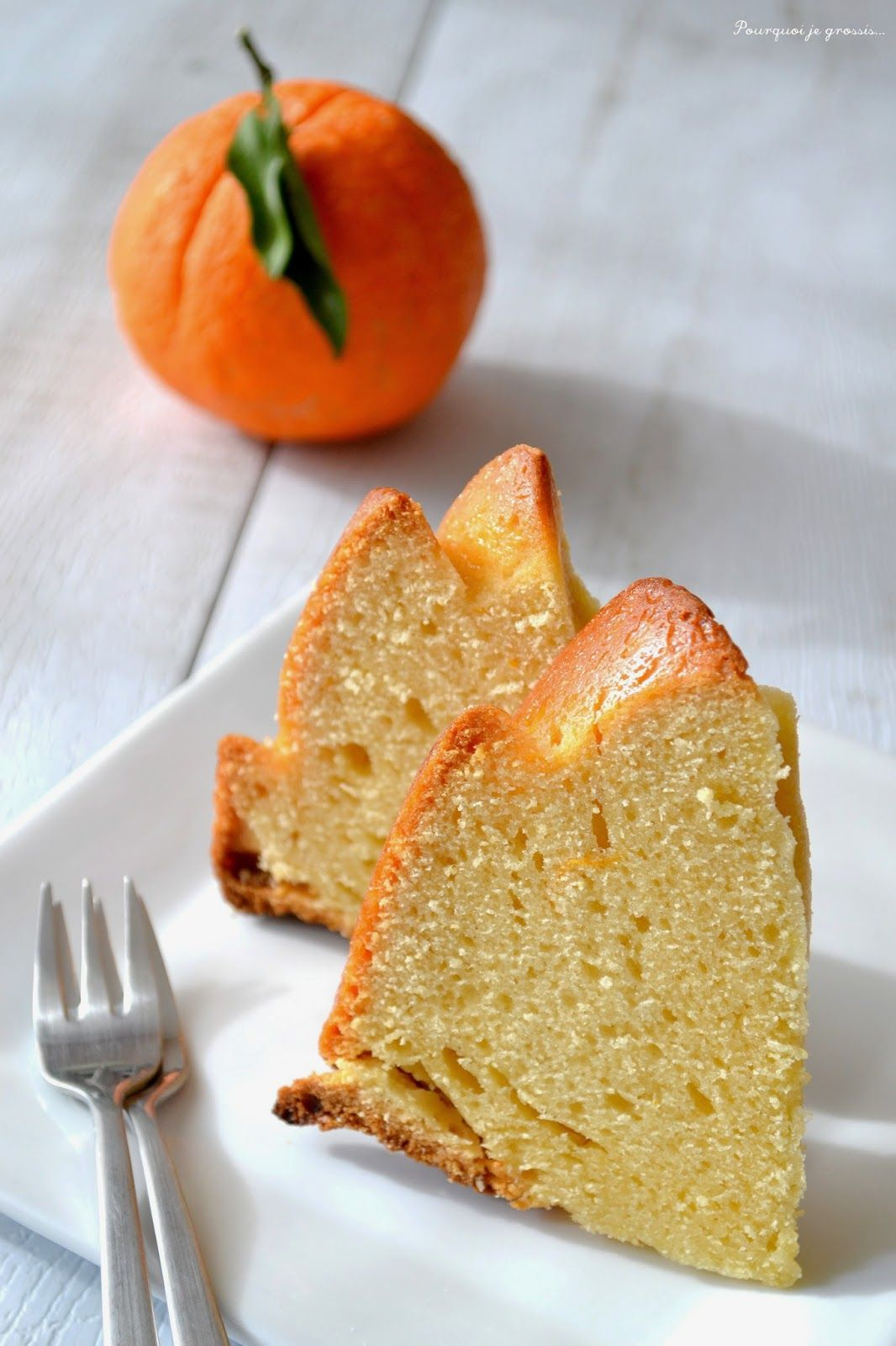 Bundt cake orange, amande & miel. Orange, almonds & honey bundt cake. http://pourquoi-je-grossis.blogspot.fr/2015/02/bundt-cake-orange-amande-miel.html