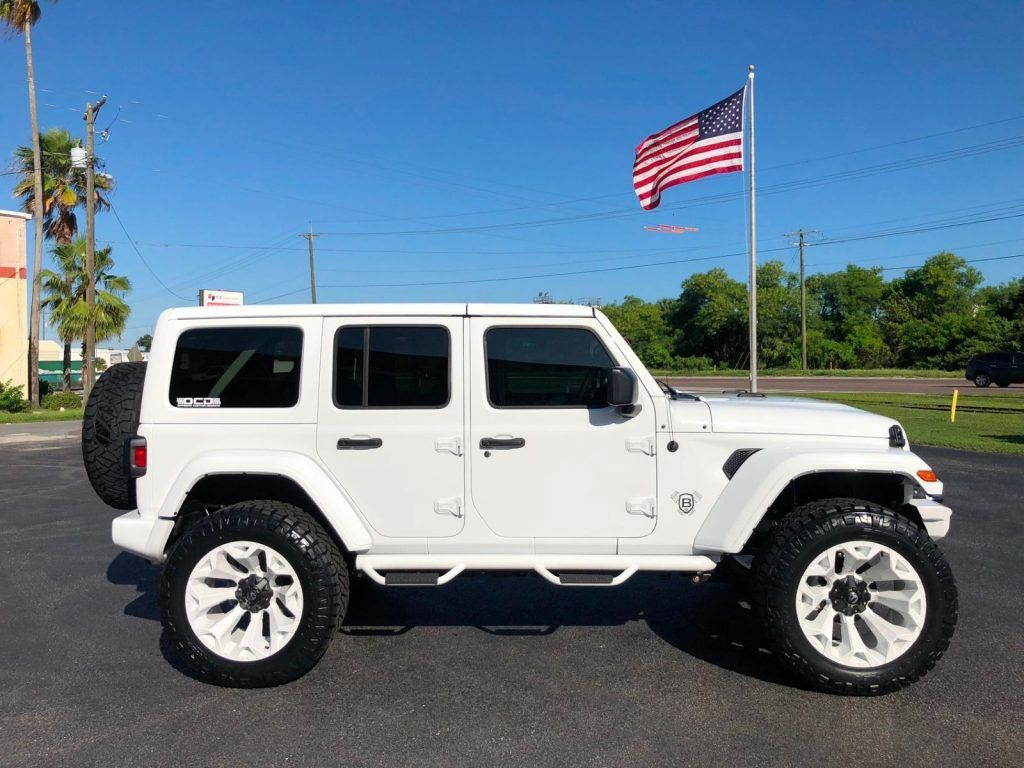 2018 Jeep Wrangler Jl White Out Custom Lifted Leather Hardtop For Sale Wrangler Jl All White Jeep Wrangler White Jeep Wrangler