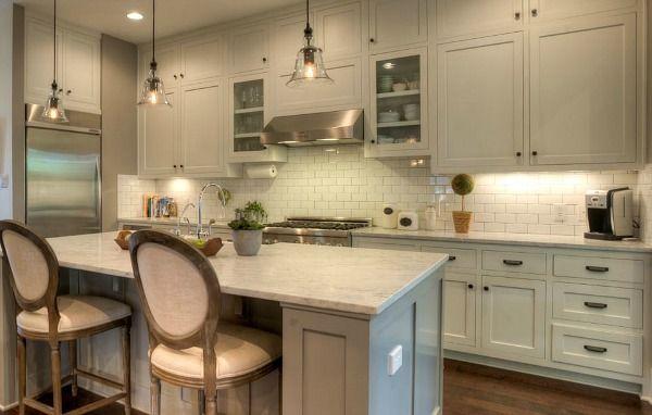 modern farmhouse austin tx hookedonhousesnet light kitchen dark hardware - Modern Homes For Sale Austin Tx