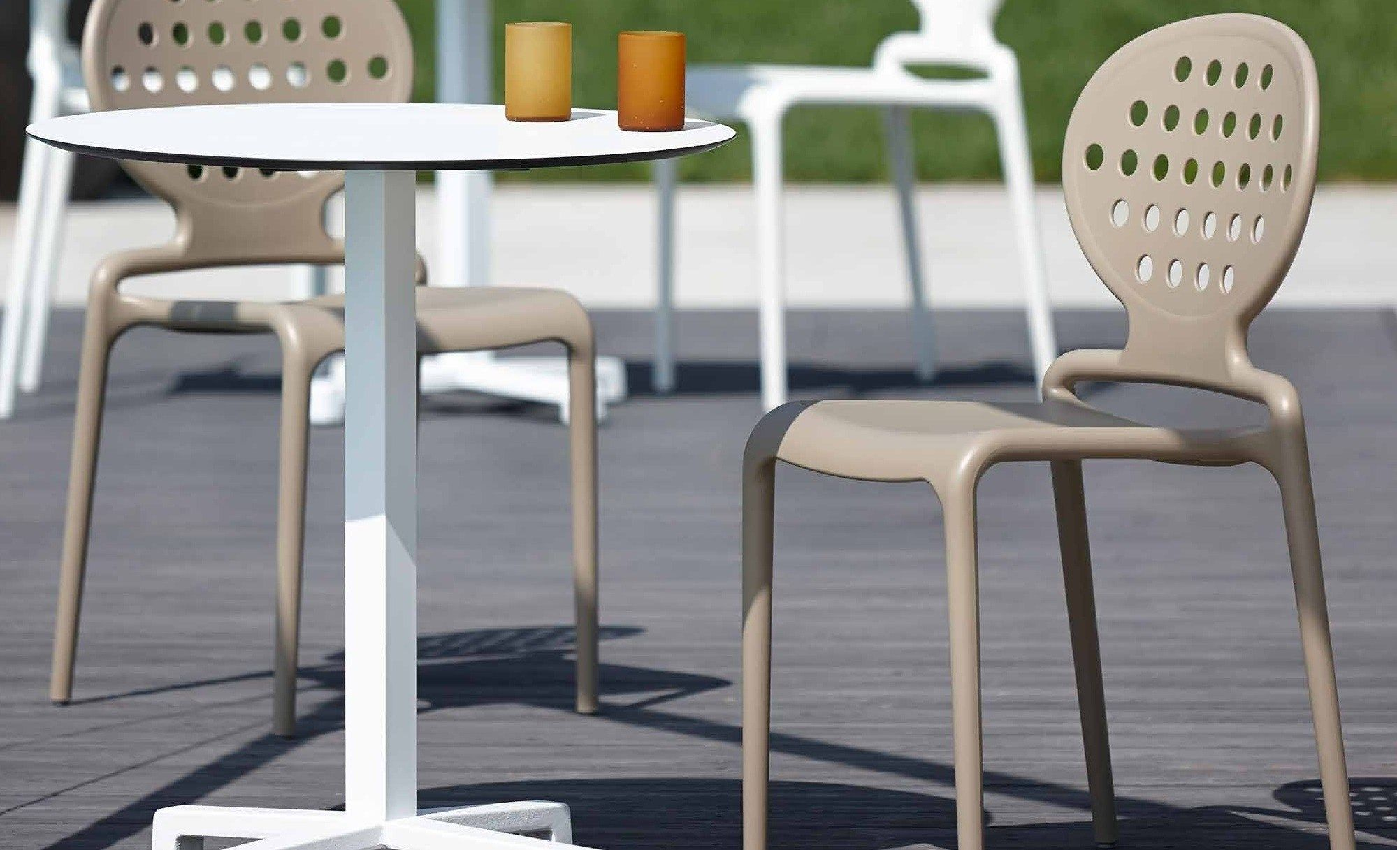 Chaises Terrasse Bar Restaurant Plastique Twik Chaise Empilable Chaise Terrasse Table Bistrot