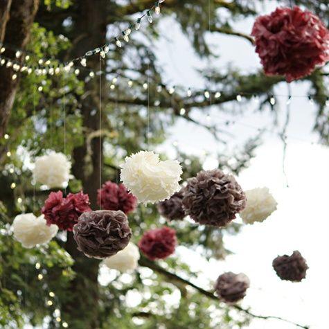 Pompones de papel para decoraciones al aire libre en tonos for Decoraciones de papel