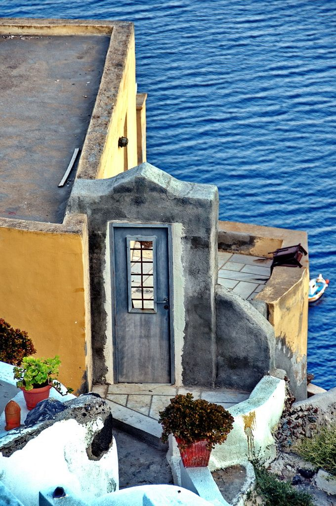 Door to the sea, Santorini, Greece