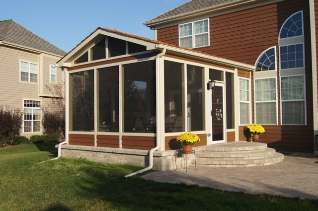 columbus screen porch with paver patio and rounded stairsfor