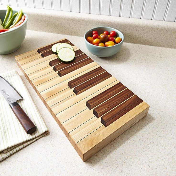 Keyboard cutting board woodworking plan from wood magazine for Cutting board designs