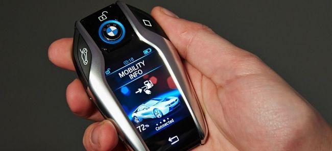 #Tecnologia Conoce la llave inteligente de BMW que no solo servirá para abrir y cerrar puertas