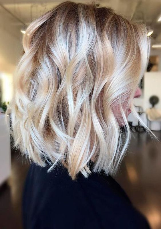 Chic Medium Length Layered Haircuts For 2017 2018 Thick Hair Styles Hair Styles Hair Lengths