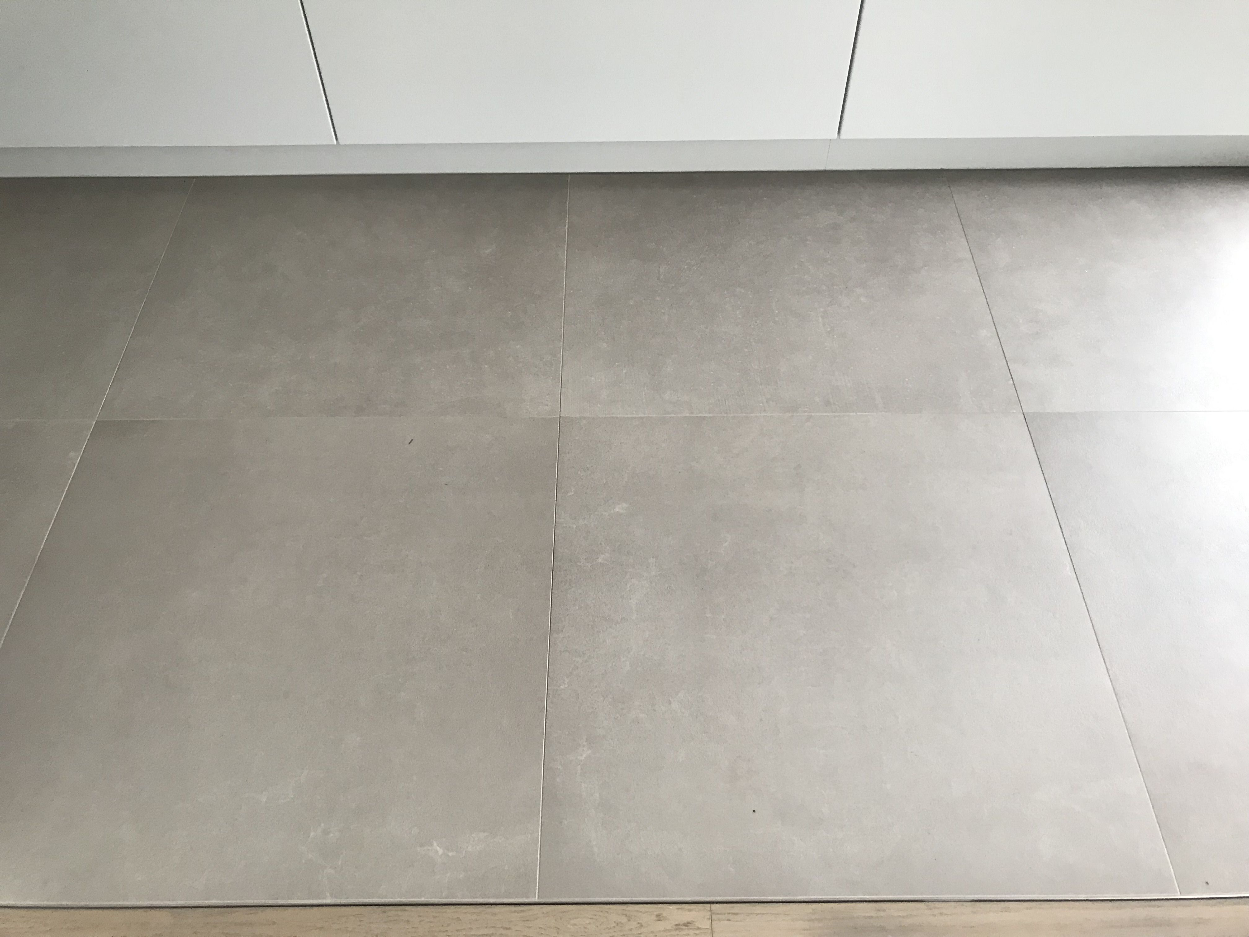 Floorgres Industrial Taupe 80x80 Betonlook Vloertegels Tile