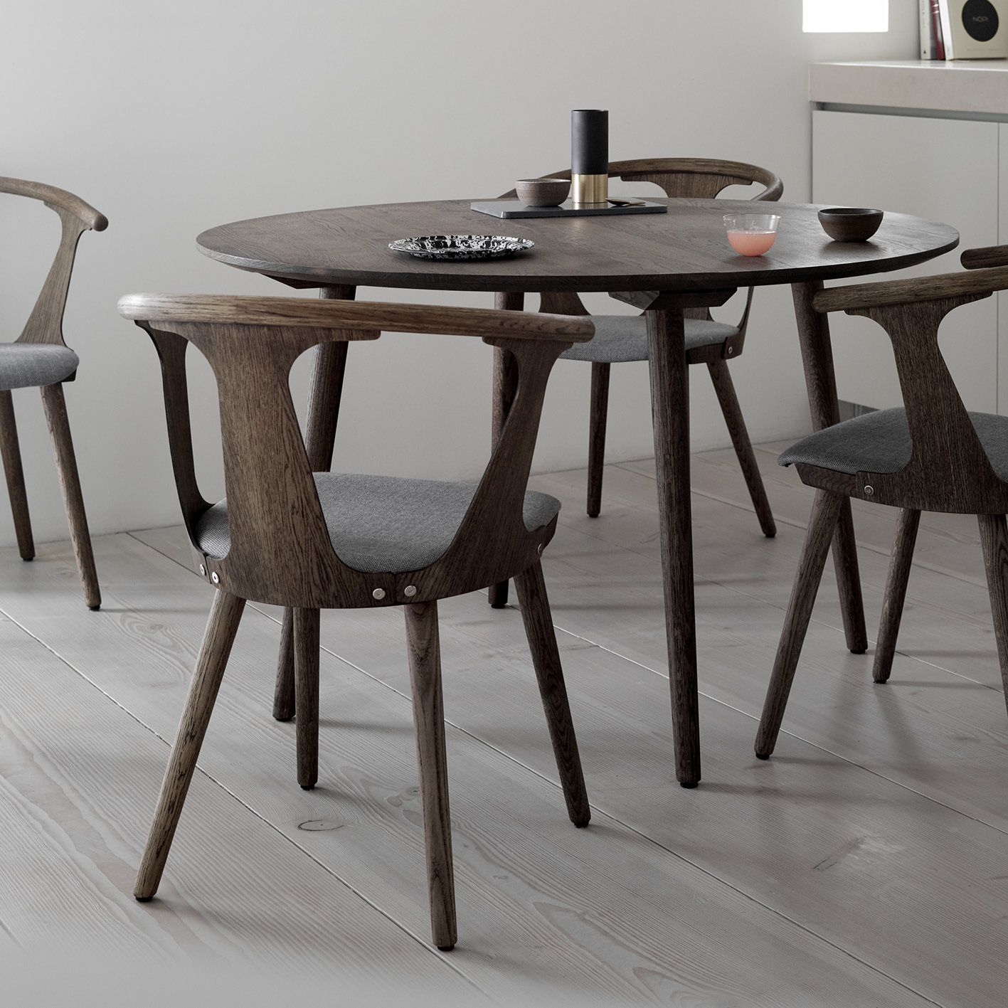 In Between Chair SK2 in Smoked oiled oak with Sunniva fabric by ...