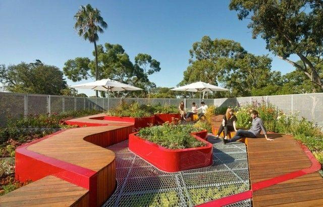 bequeme Sitzecke Dachterrasse gestalten wiederverwertetes Holz - dachterrasse gestalten umweltfreundliche idee