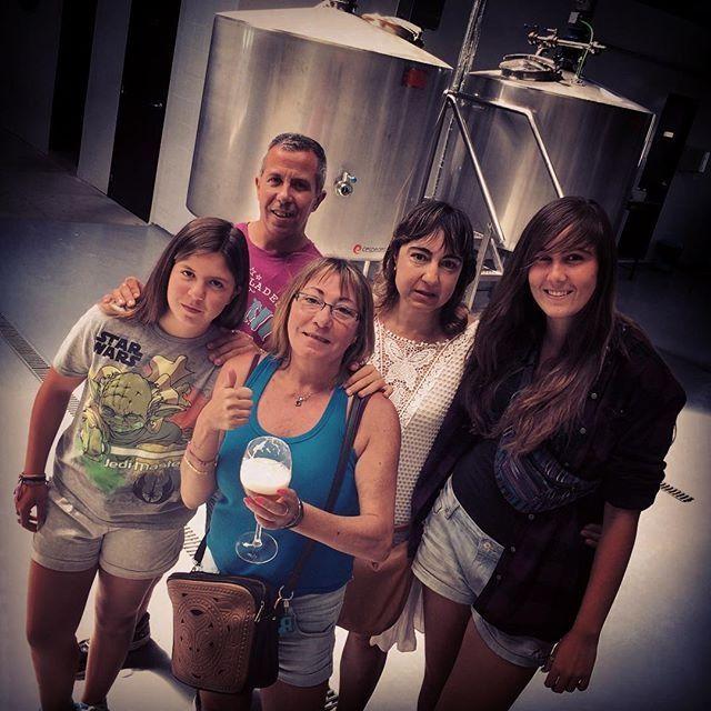 Hoy nos han visitado amig@s y familia de Madrid. ¡Feliz Domingo! Hola Alba...