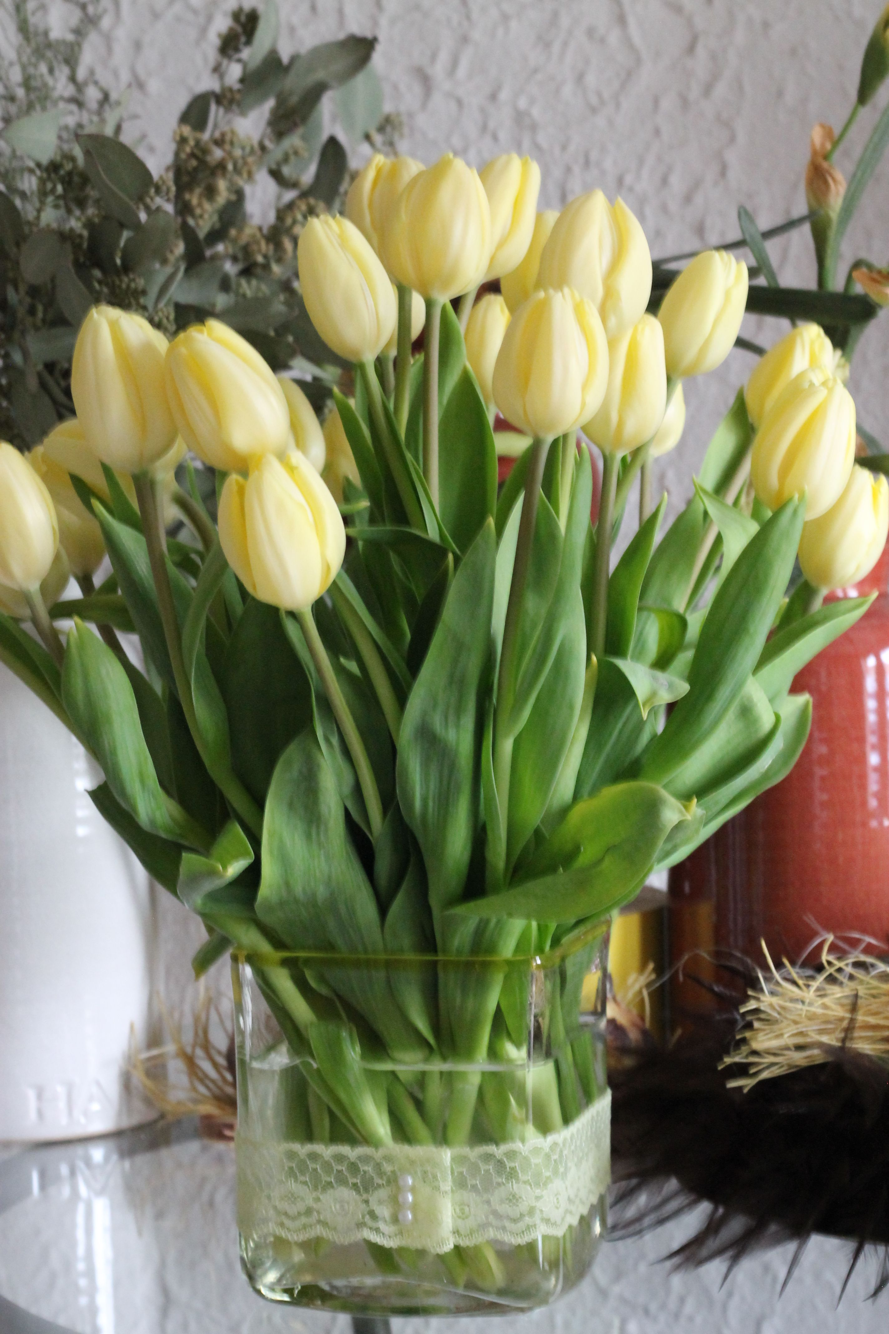 Thirty Yellow Tulips Centerpiece Square Glass Vase Lace Tulip Centerpiece Square Glass Vase Flower Boxes