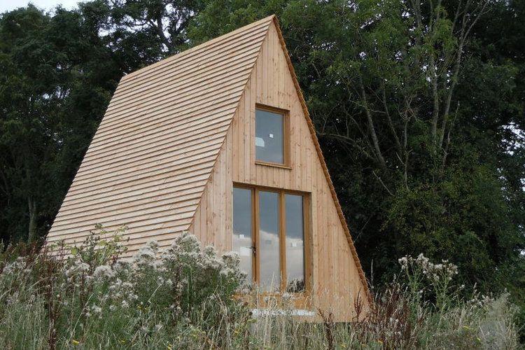 le tipi en bois chez construction chalet a frame maison chalet et cabane. Black Bedroom Furniture Sets. Home Design Ideas