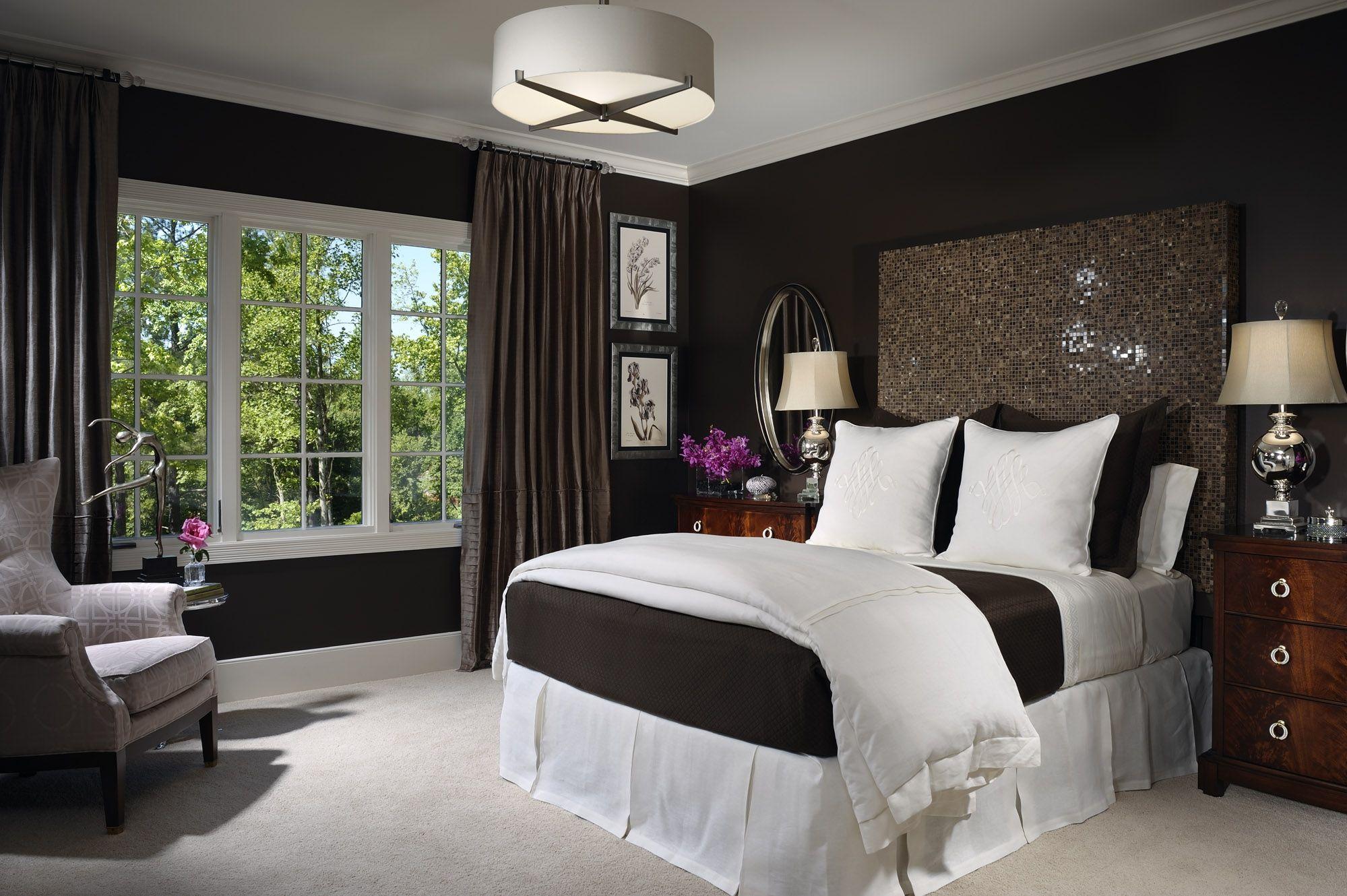 Schlafzimmer Birke ~ Kleines schlafzimmer mit queen size bett für angenehmen design