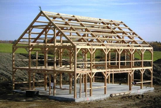 40x60 Post Beam Barn Frame With 20 Walls And A Basketball Hoop