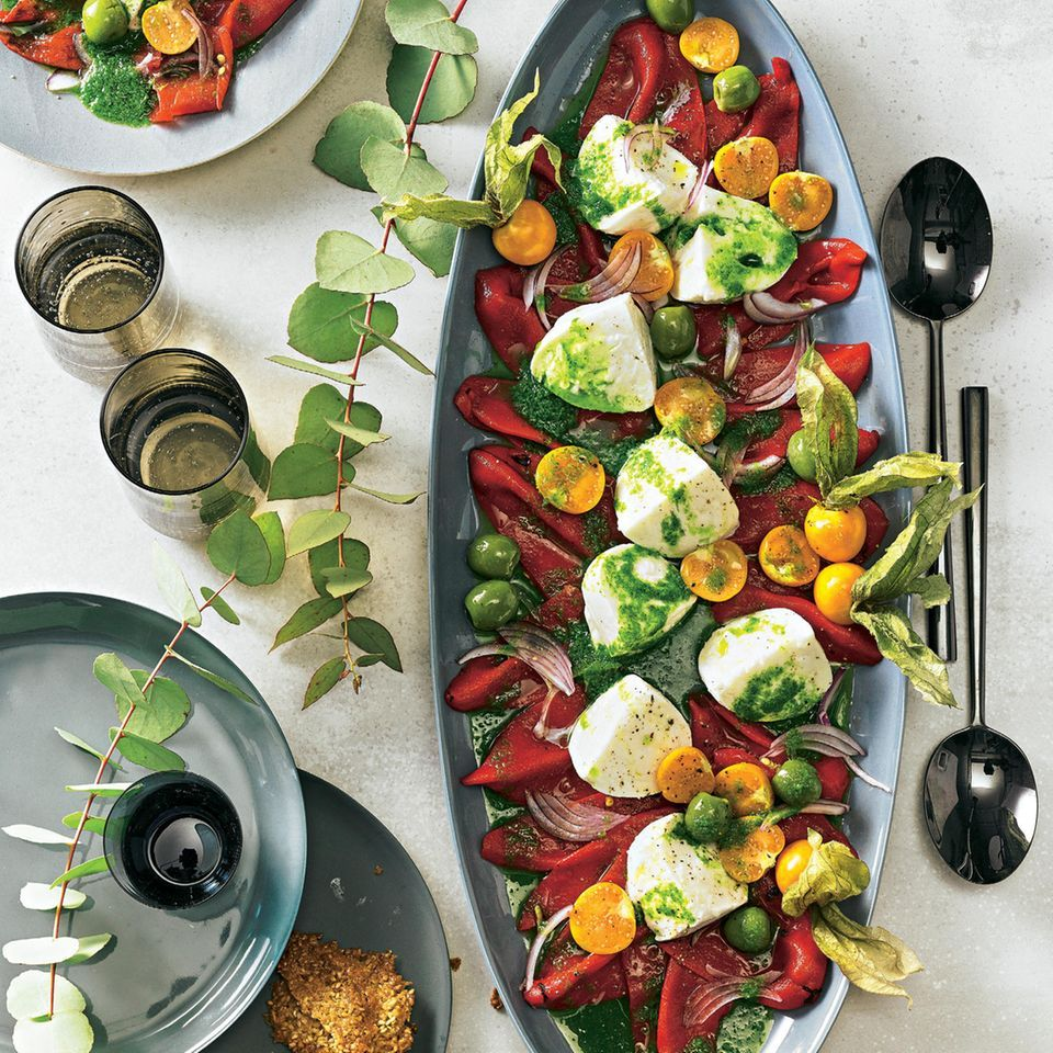Paprika Physalis Salat Mit Mozzarella Recipe Food Dinner Salad