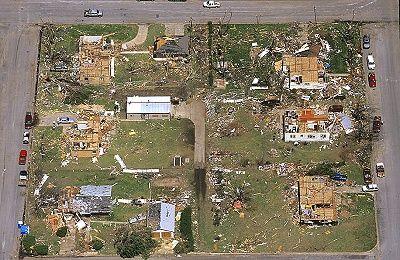 5 8 2007 Tornado Damage In Greensburg Kansas Tornado Damage